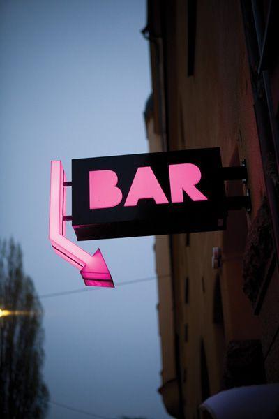 jasa pemasangan reklame neon